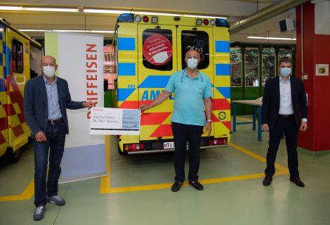 20 mila franchi per 20 anni di attività: donazione della Banca Raiffeisen Tre Valli all'associazione Tre Valli Soccorso